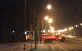 В России мужчина устроил поджог и открыл стрельбу, есть погибшие: появилось видео