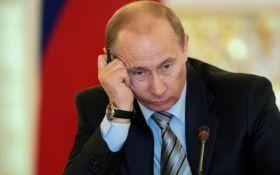 Путин оконфузился с гимном России, соцсети взорвались смехом: появилось видео