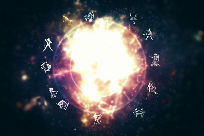 Гороскоп для всіх знаків зодіаку на тиждень з 23 по 29 квітня на ONLINE.UA