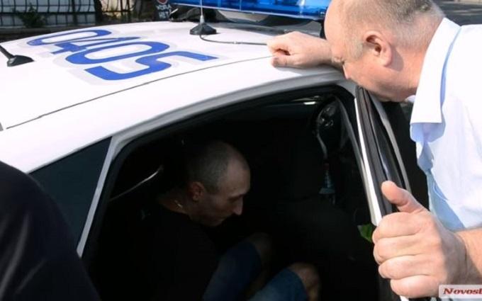 У Миколаєві стався трилер із ДТП і пістолетом: опубліковано відео