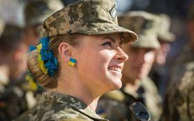 Гимн Украины в стиле джаз: украинская военная восхитила сеть своим пением