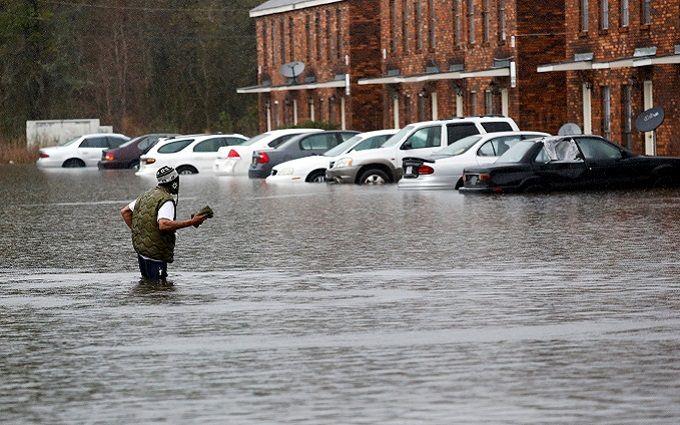 У США через повінь цілий штат пішов під воду, число загиблих зростає: з'явилися відео