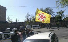 В Одессе мужчину задержали за советскую символику на автомобиле