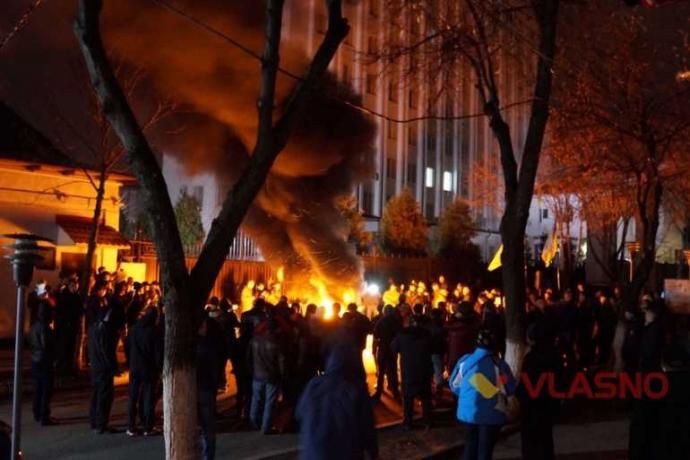 По Украине прокатились мощные акции за блокаду Донбасса: появились фото (1)