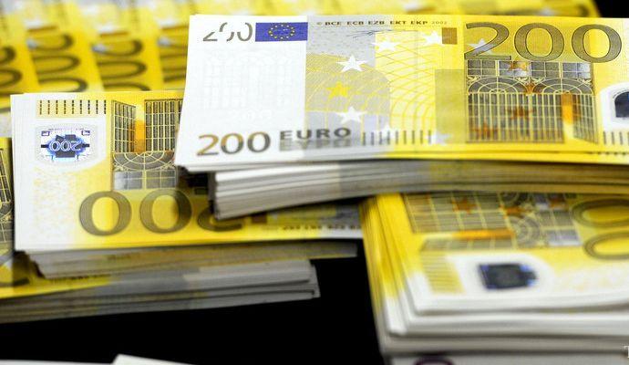 Парламент Украины должен утвердить еще 5 законов для получения средств от ЕС