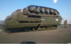 Инцидент с боевой техникой России у границ Китая насмешил сеть: появились фото