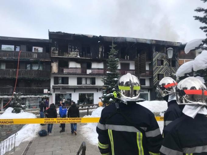 На элитном курорте Куршевель произошел смертельный пожар, есть жертвы: жуткие видео (1)