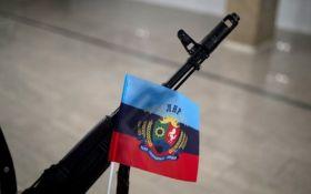 """Боевики ЛНР уверяют, что поймали важных людей из """"Азова"""""""
