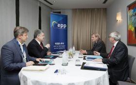 Порошенко обговорив з Юнкером нову фіндопомогу ЄС для України