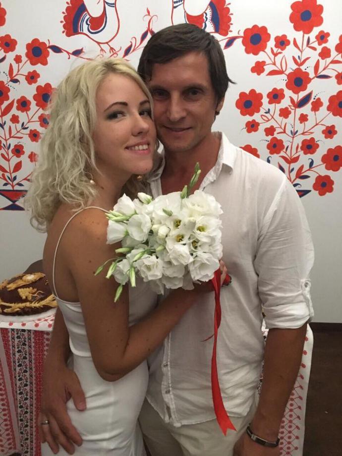 Відомий арбітр Годулян встановив весільний рекорд: опубліковані фото і відео (1)