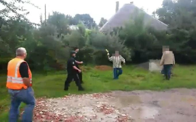 В Ужгороді патрульних атакували коктейлем Молотова: з'явилося відео