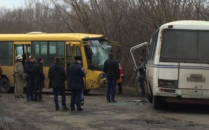 Столкновение автобусов на Львовщине: опубликованы первые фото