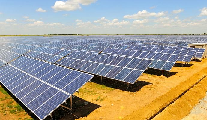 Самая крупная солнечная электростанция открылась в Марокко