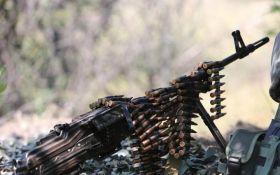 Бойовики весь день вели обстріли на Донбасі, сили АТО зазнали втрат