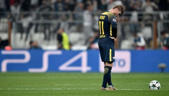 Игрок «Лейпцига» вЛиге чемпионов попросил замену из-за звука трибун