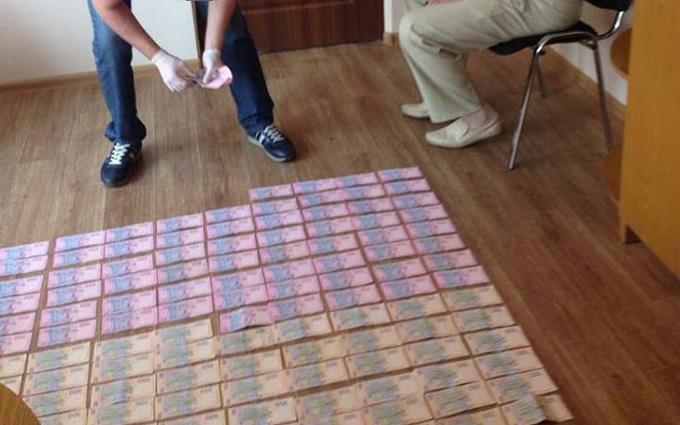 Який сором: фото затриманого в Харкові хабарника несподівано підірвали мережу