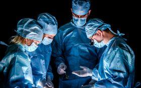 Медики провели первую в мире уникальную операцию по пересадке половых органов