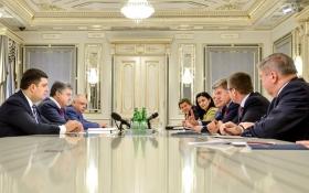 Порошенко увів до Кабміну знаменитого польського політика