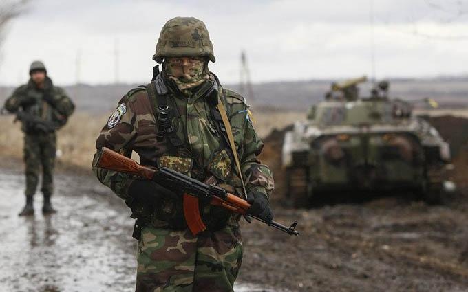 Атака бойовиків під Маріуполем: у Авакова повідомили про загиблого воїна ЗСУ