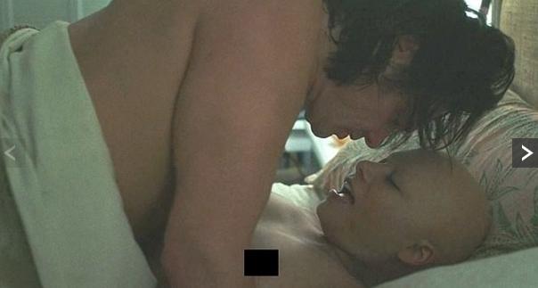 Джим Керрі знявся в незвичайній сексуальній сцені (2)