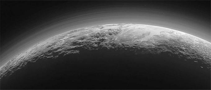 У NASA виявили хмари над Плутоном: опубліковані фото (3)