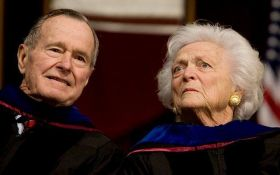 """ЗМІ випадково """"поховали"""" дружину Джорджа Буша-старшого"""
