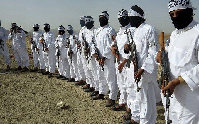 Щонайменше 43 військових загинули через напад талібів на військову базу вАфганістані