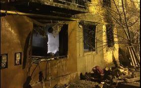 В жилом доме под Киевом прогремел взрыв, есть жертвы