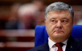 Порошенко: Збройні сили Росії готові в будь-який момент до повномасштабного вторгнення в Україну