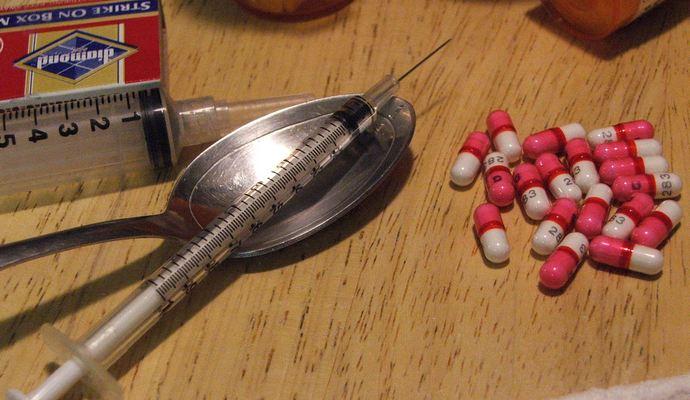 Наркоманию будут лечить с помощью имплантов