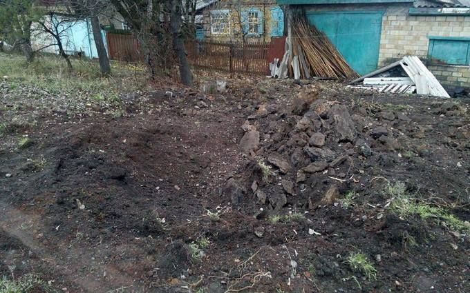 """Бойовики на Донбасі обстріляли з """"Градів"""" мирних жителів"""