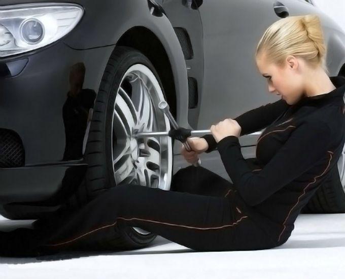 Бескамерная шина: как заклеить просто и быстро