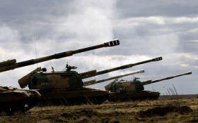 """На Донбасі у бойовиків з'явилися нові боєприпаси і """"Гради"""""""