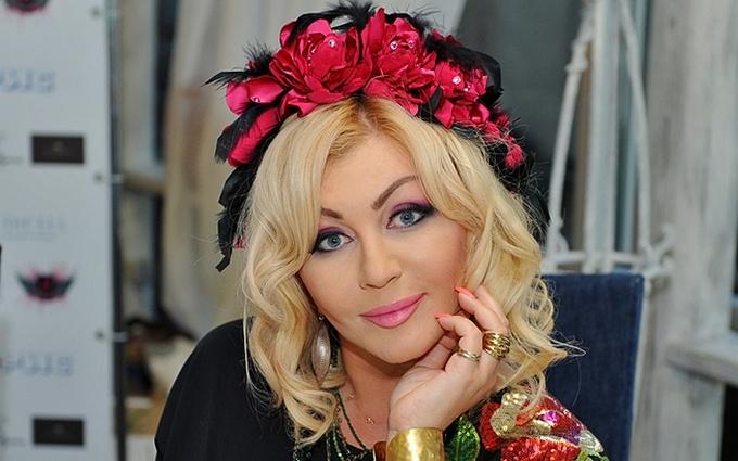 Портрет української поп-діви стане модним принтом: опубліковано фото