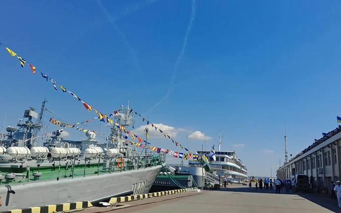 В Україні святкують День Військово-морських сил: з'явилися яскраві фото