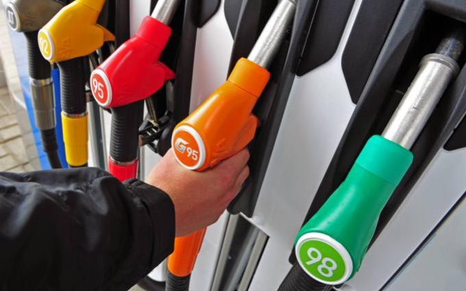 В Украине резко подорожал бензин: опубликованы фото и инфографика на 22 марта
