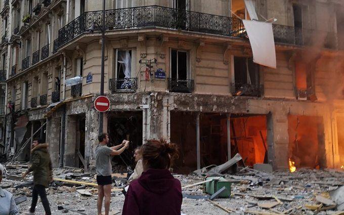 В самом центре Парижа раздался мощный взрыв: есть пострадавшие