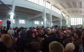 На окупованому Донбасі заспівали по-українськи заради дружби з Росією: з'явилося відео