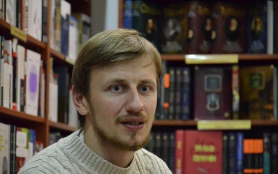Читатели заворачивали мою книгу в газету из-за одного слова на обложке - писатель Богдан Логвиненко