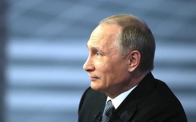 Соцмережі розвеселили ознаки параної Путіна
