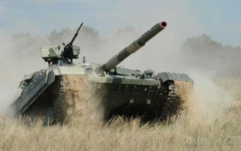 Бойовики перекинули 10 танків у бік Новоазовська - ІС (1)