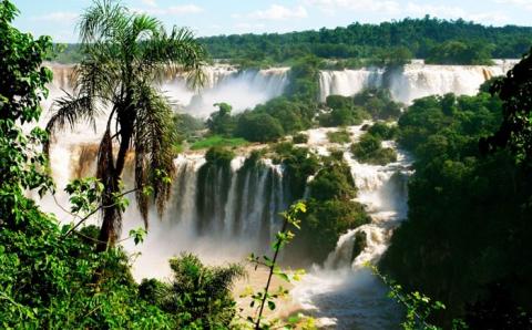 Найзахопливіші водоспади в світі, від краси яких завмирає серце (15 фото) (4)