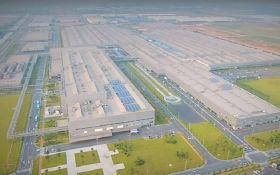 "Volkswagen запускает ""мега-завод"" электромобилей: опубликовано видео"