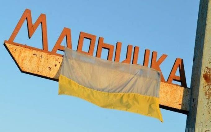 Атака бойовиків на КПП «Мар'їнка»: поранені мирні жителі