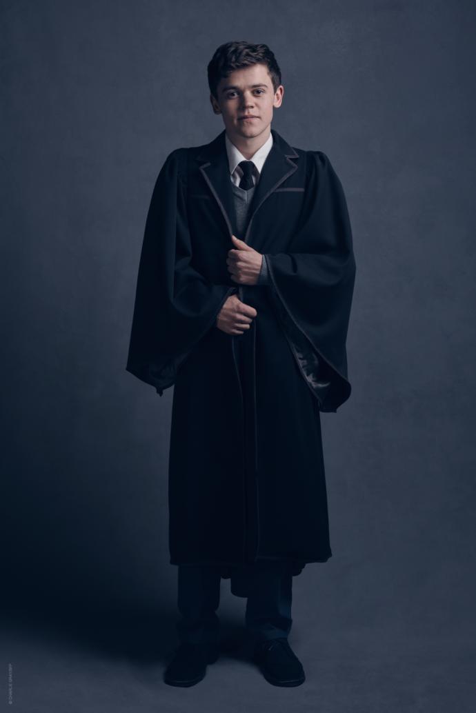 Стало відомо, як виглядатиме дорослий Гаррі Поттер: опубліковані фото (3)
