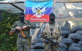 Боевики ЛНР показали новые видео с задержанными ультрас