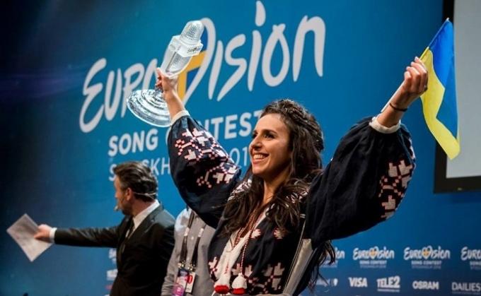 Джамала відверто розповіла про розмову з Лазарєвим на Євробаченні: опубліковане відео