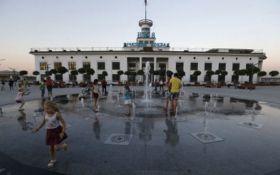 В Киеве назвали дату открытия обновленной Почтовой площади