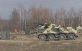 Випробування нового українського БТР потрапили на відео