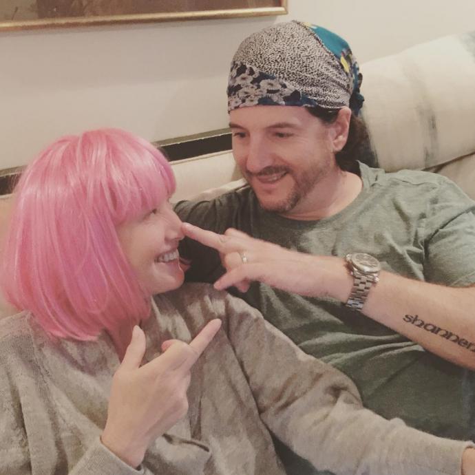 Чоловік любить мене з волоссям і без: хвора на рак Доерті поділилася зворушливим фото (1)